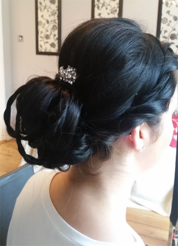 Vintage wedding hairstyle braided and plaited